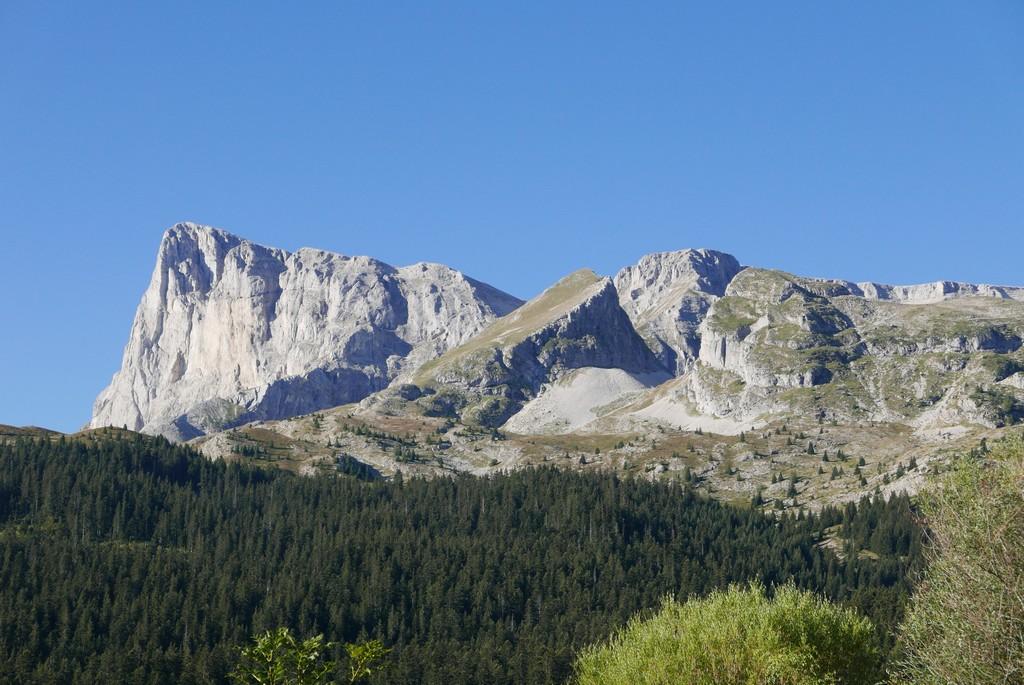 guide accompagnateur montagne randonnée alpes dévoluy