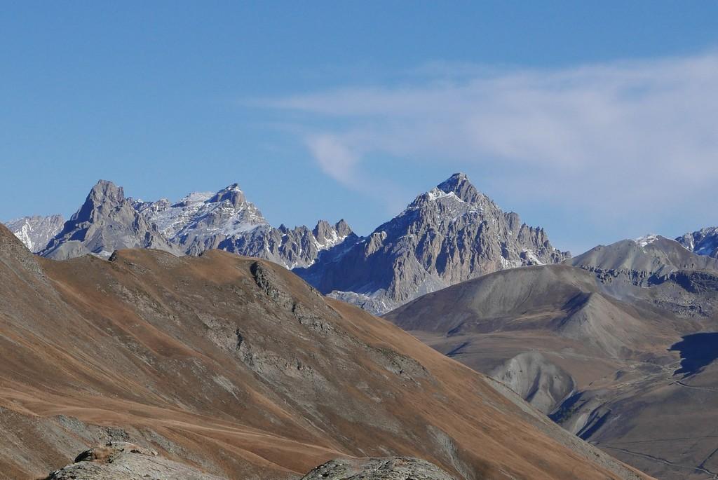 guide accompagnateur randonnée montagne alpes écrins queyras mercantour